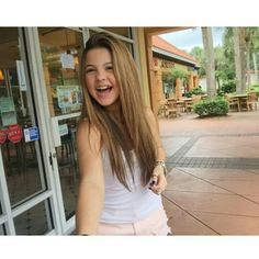 Julia Gomes, America, Long Hair Styles, Photography, Beauty, Girls, Beautiful Children, Female Actresses, Singers