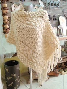 Baby Knitting Patterns, Knitting Designs, Knitting Projects, Crochet Projects, Crochet Patterns, Crochet Scarves, Diy Crochet, Creative Crafts, Knitwear