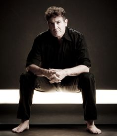 Interview with Johnny Clegg - SAPeople - Your Worldwide South African Community Someone New, Looking For Someone, South African News, Paul Simon, Graceland, Pop Music, Caricature, Touring, Fun Facts