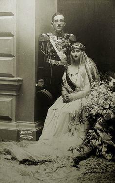 King Alexander I and your wife a Queen Marie of Yugoslavia (born Princess Maria of Romania or Mignon).