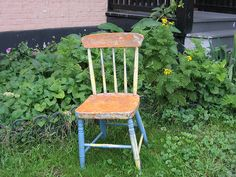 How to Repaint a Chair via www.wikiHow.com