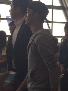 nice Kim Soo Hyun - Pudong International Airport, Shanghai. Kim Soo-hyun returned home to Korea. (30/08/2015) Check more at http://kstarwiki.com/2015/09/04/kim-soo-hyun-pudong-international-airport-shanghai-kim-soo-hyun-returned-home-to-korea-30082015/