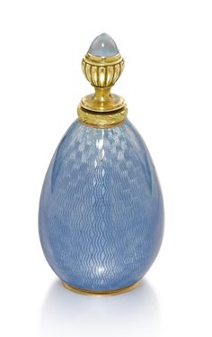 A gold-mounted blue guilloche enamel scent bottle, Vladimir Soloviev, St Petersburg, 1908-1917 - Sotheby's