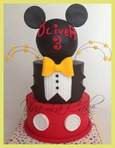 Master of Ceremony Mickey Mouse Cake - by vivalacake @ CakesDecor.com - cake decorating website