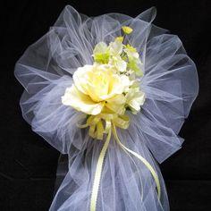 Wedding+Pew+Bows+Party+Bows++Church+Pew+Bows+by+AsPrettyDoes