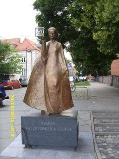 Warszawa,pomnik Marii Skłodowskiej-Curie