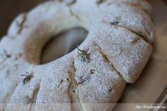 Pan de hierbas y nueces