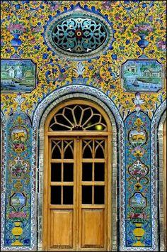 Puerta  Palacio Golestan. Persia
