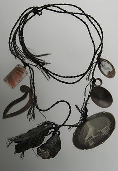 Ross Malcolm *reminds me of the braided necklaces i used to make ... good to be reminded 'causei totally forgot, lol.
