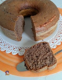 CIAMBELLONE MORBIDO AL NESQUIK -una ricetta semplicissima ma allo stesso tempo particolare dal gusto vintage http://blog.giallozafferano.it/lacucinadimarge/ciambellone-morbido-nesquik/