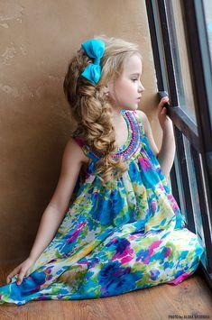 Beautiful Little Girls, Beautiful Children, Cute Kids, Cute Babies, Dps For Girls, Velvet T Shirt, Baby Dress Design, Famous Girls, Stylish Kids