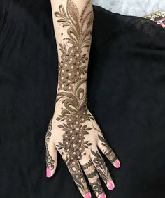 Booking for henna services,, Call / whatsapp:0528110862, Party, Regular, Bridalhenna available,,Al Ain, UAE