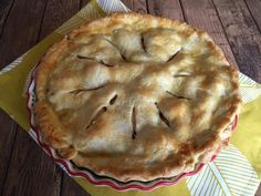 Best Apple Pie Recipe Ever – Easy And Made From Scratch! Best Apple Pie, Apple Pies, Betty Crocker Apple Pie, Apple Pie From Scratch, Great Recipes, Favorite Recipes, Cooked Apples, Apple Pie Recipes, Pie Dessert