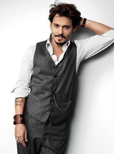 Johnny Depp : )