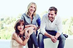 Another great new photo of Jamie Dornan, Dakota Johnson, and Sam Taylor-Johnson. I love that they had so much fun together!! 50 Shades of Christian and Ana