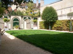 Musèe archaeologique, Dijon