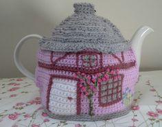 Lilac crochet tea cosy