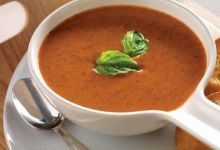 This traditional soup is better tasting and better for you than anything canned. Every delicious spoonful is a creamy combination of tomatoes, fat-free milk and Tomato Basil Garlic Seasoning Blend. Low Sodium Recipes, High Protein Recipes, Heart Healthy Recipes, Skinny Recipes, Healthy Food, Mrs Dash Recipe, Salt Free Recipes, Easy Recipes, Tomato Basil Bisque