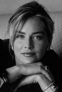 Sharon Stone he John Smith, Sharon Stone Hairstyles, Amazing Photography, Portrait Photography, Children Photography, Sharon Stone Photos, Good Looking Women, Portrait Inspiration, Famous Faces