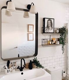 Bathroom Renos, Bathroom Interior, Bathroom Shelves, Boho Bathroom, Design Bathroom, Bathroom Storage, Sweet Home, Bathroom Inspiration, Cute Bathroom Ideas