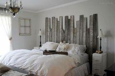 Tête de lit en bois de grange. Très beau!