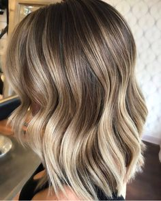 Related posts:This style can work for any type of hairBlack nails and piercing, eye makeupLong hair with balayage, lovely Blonde Hair Looks, Brown Blonde Hair, Balayage Hair Blonde, Baylage Short Hair, Corte Y Color, Hair Color And Cut, Hair Shows, Short Hair Styles, Medium Hair Styles