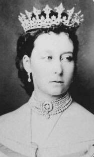 Princess Alice of Great Britain, Victoria's second daughter - The Grand Duchess of Hesse wearing the Hesse Diamond Tiara.