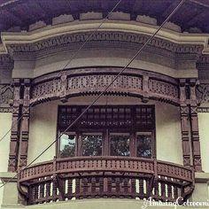 Beautiful balcony, dr. Obedenaru street Bucharest, Romania, Wood Art, Tourism, Louvre, Exterior, Windows, Beautiful, Country