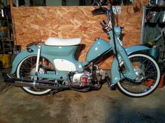 Custom Honda C70 SuperCub, A.K.A. Passport