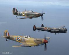 Hurricane Mark II, Avro Lancaster Mk 1 & Spitfire Mark Vb over Blackpool. Ww2 Aircraft, Fighter Aircraft, Military Aircraft, Fighter Jets, Spitfire Supermarine, Ww2 Spitfire, Lancaster Bomber, Hawker Hurricane, Aviation
