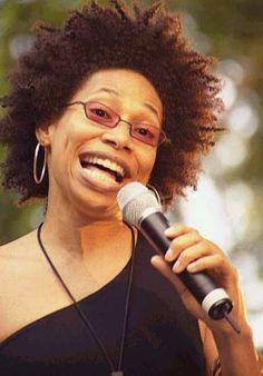 There are a lot of beautiful voices, but no one can sing like Rachelle Ferrell.