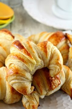 Croissant – Buttery Croissant, Pain Au Chocolate,Danish Swirls and Rolled Danish Pastries by Confessions of a Bake-a-holic Best Pastry Recipe, Puff Pastry Recipes, Croissant Recipe, Croissant Bread, Almond Croissant, Bread Recipes, Cooking Recipes, French Pastries, Danish Pastries