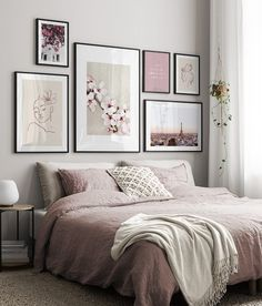 Find inspiration for creating a picture wall of posters and art prints. Endless inspiration for gallery walls and inspiring decor. Create a gallery wall with framed art from Desenio. Living Room Decor, Decor Room, Bedroom Decor, Decorating Bedrooms, Bedroom Ideas, Inspiration Wall, Cheap Home Decor, Home Decoration, My New Room