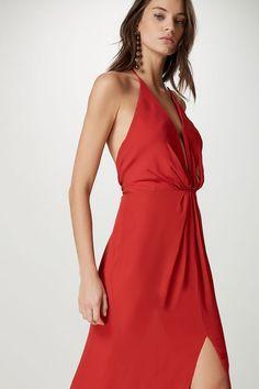 Resultado de imagem para vestido de seda vermelho longo 94912a150e7d