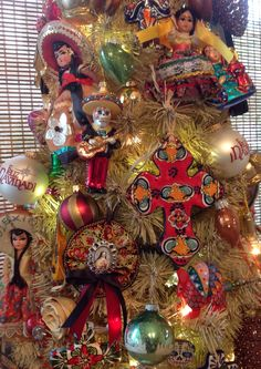 My Mexican Christmas Tree 2015 Mexican Christmas Decorations, Christmas Tree Themes, Noel Christmas, Holiday Tree, Xmas Tree, Christmas Tree Ornaments, Christmas Wreaths, Christmas Crafts, Christmas Ideas