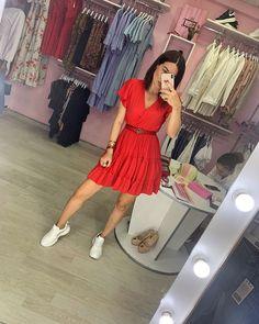 "545 Beğenme, 16 Yorum - Instagram'da 🇦🇿 Butik_la_Bella 🇦🇿 (@butik_la_bella): ""Cins kurtkalarla kombin ede bileceyiniz ela bir platye daha ❤️👌🏻👌🏻👌🏻👌🏻👌🏻🛍🛍🛍🛍🛍"" Dress Red, Instagram, Red Dress Outfit"