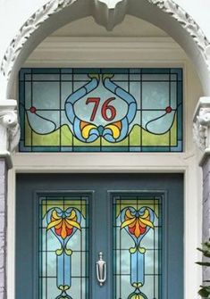 Interiors: A grander entrance Restore period details on your front door – Art Deco house number by Purlfrost. Stained Glass Door, Stained Glass Designs, Stained Glass Panels, Stained Glass Projects, Stained Glass Patterns, Leaded Glass, Art Nouveau, L'art Du Vitrail, Victorian Front Doors