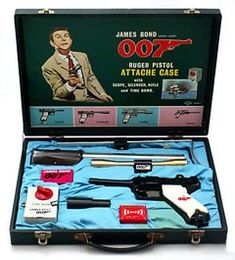 Illustrated 007 - The Art of James Bond: James Bond 007 Ruger Pistol Attache Case
