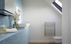 Spoil yourself with the Jeeves Classic Range, designed with groups of bars to increase heat density so that you get to enjoy perfectly warm heated towels after your bath or shower. Stainless Steel Towel Rail, Bathroom Radiators, Heated Towel Rail, Bath Or Shower, Bathtub, Minimalist, Furniture, Towels, Design