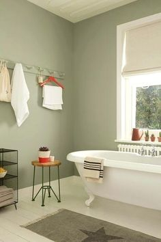Best Green Color For Bathroom