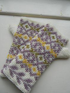 Autumn Diamonds ~ free pattern