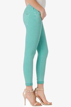 CUTE PANTS OMGGGG. I love the colour