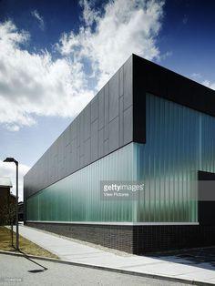 Resultado de imagen para modern facade industrial building