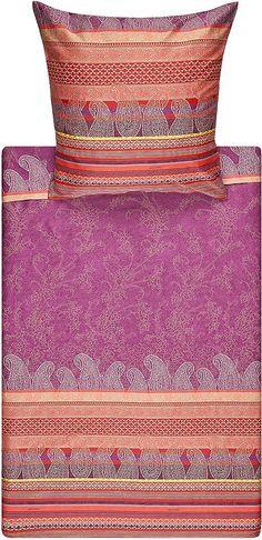 Moderne Bettwäsche »Tiziano« von Bassetti. Diese tollen frischen Farben verwandeln Ihr Schlafzimmer in eine kleine Schlafoase. Die Bettwäsche wirkt herrlich frisch und freundlich, die verschiedenen Muster harmonieren toll zusammen und lassen die Garnitur modern wirken. In der feinen Mako-Satin Qualität aus reiner Baumwolle werden Sie erholsame Nächte verbringen und sich rund um wohl fühlen. Der...