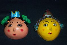 Coconut Shell Head Mexico Two Queens with Crowns