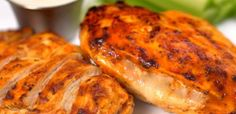 Grilled Cheesy Buffalo Chicken -  SO GOOD and low carb. Shared  by https://www.lowcarbzen.com/