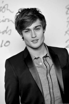 Douglas Booth & boyfriend of taylor swift *-*