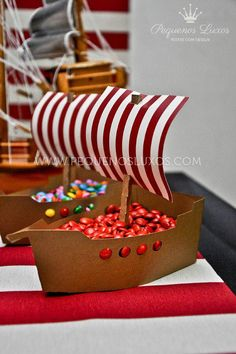 Pirate Black Red Ahoy Ship Boy Birthday Party Planning Ideas Makes great snack dishes! Fête Peter Pan, Peter Pan Party, Pirate Birthday, Boy Birthday, Viking Birthday, Viking Party, Party Mottos, Dragon Party, Nautical Party