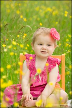 Spring Portraits (this would be adorable for any of the kids..)