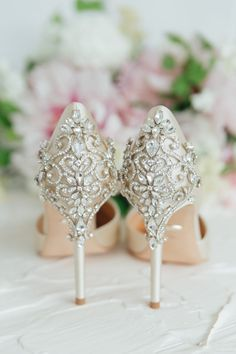 /'Me Too/' Pearl Wedding Shoe sticker decal Ivory pearl colour